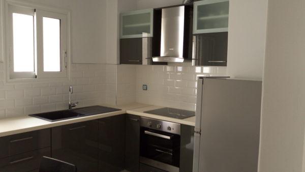 Κουζίνα σε διαμέρισμα στο Θησείο